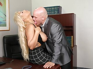 Cougar with big tits, perfect hard making out business in the lead office