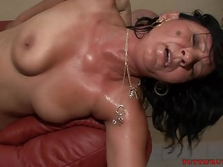 Lift Mommy Casting - GILF Sexual connection