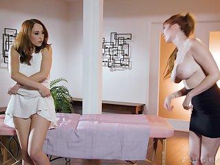 Lauren the MILF masseuse arranges a lesbian threesome at work