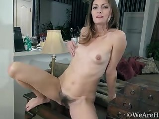 Vanessa Bush masturbates on her pantry counter - Compilation - WeAreHairy