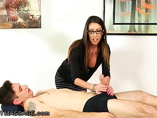 Nerdy long haired masseuse Dava In the world is finally fucked parson