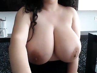 Cam BigTits 26