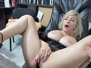 Exciting Blond Masturbates Going forward Coupled with Squirts