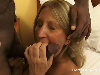 Old blonde ass fucked by a black locate