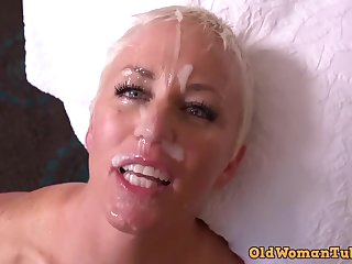 MOMMY POINT OF VIEW naomi facial