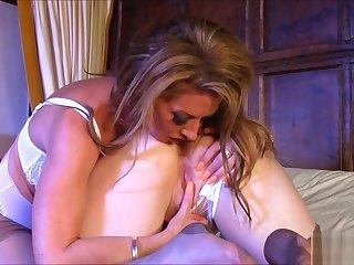 Overheated XXX licks will not hear of busty blonde girlfriend in frame