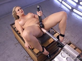 Voluptuous woman tries say no to first fucking machine cam session